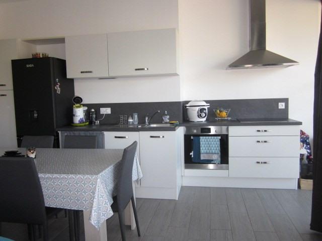 Rental apartment Prefailles 640€ CC - Picture 4