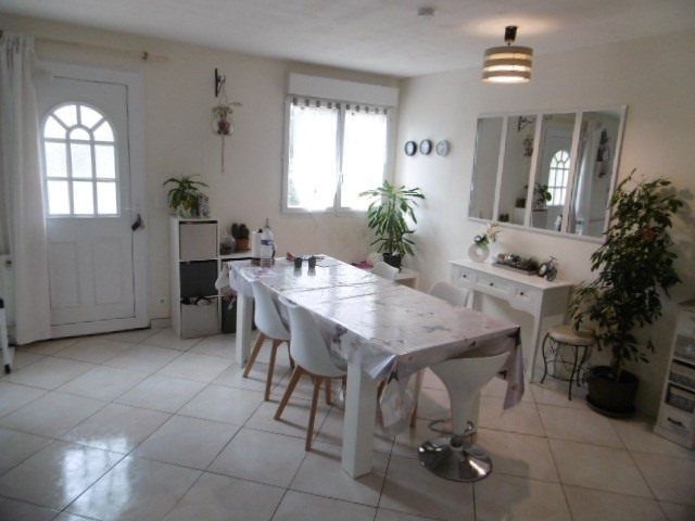 Sale house / villa Pommeuse 225 000€ - Picture 4