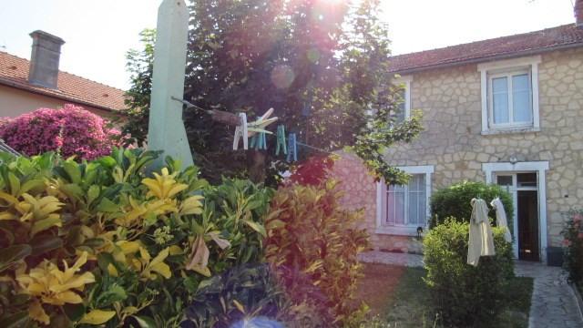 Vente maison / villa Saint jean d4angely 90750€ - Photo 1
