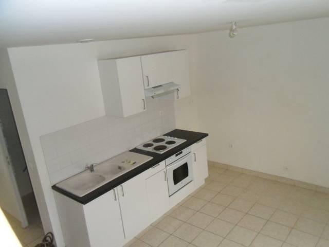 Location appartement Brenouille 615€ CC - Photo 1
