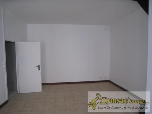 Sale house / villa Ris 51700€ - Picture 2