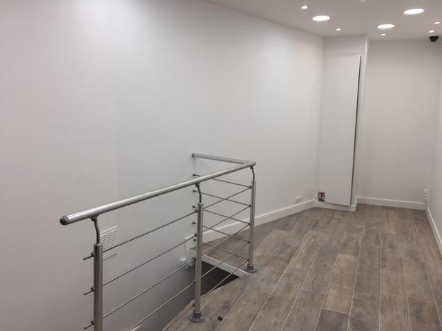 Rental empty room/storage Paris 2ème 1800€ HT/HC - Picture 3