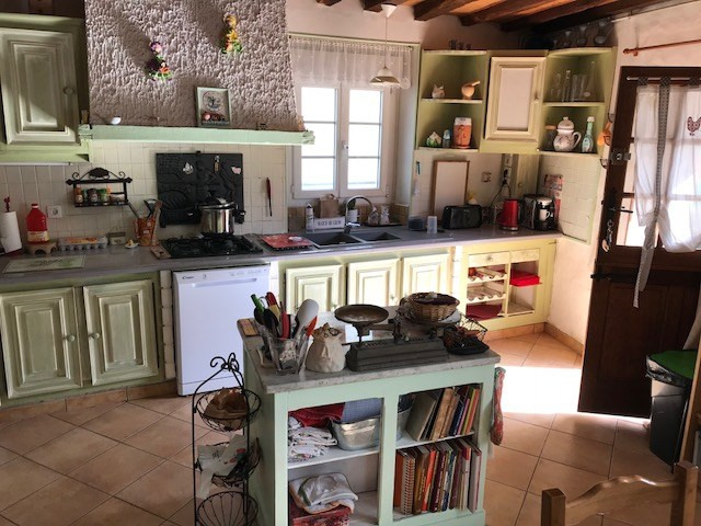 Sale house / villa Crecy la chapelle 170 000€ - Picture 4