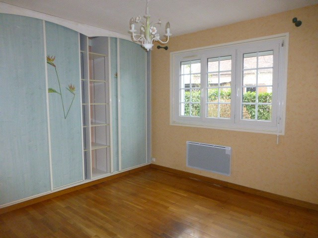 Rental house / villa Limetz-villez 900€ CC - Picture 10