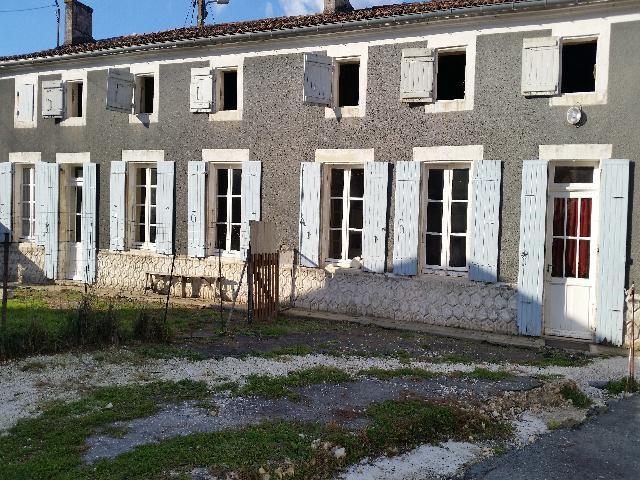 Sale house / villa Archingeay 96000€ - Picture 1