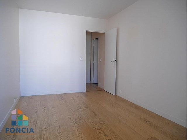 Location appartement Puteaux 1 850€ CC - Photo 12