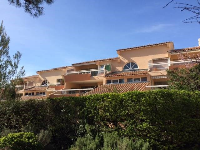 Alquiler  apartamento Villeneuve-les-avignon 800€ CC - Fotografía 4