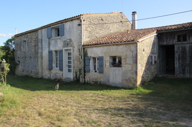 Sale house / villa Bords 206 700€ - Picture 2