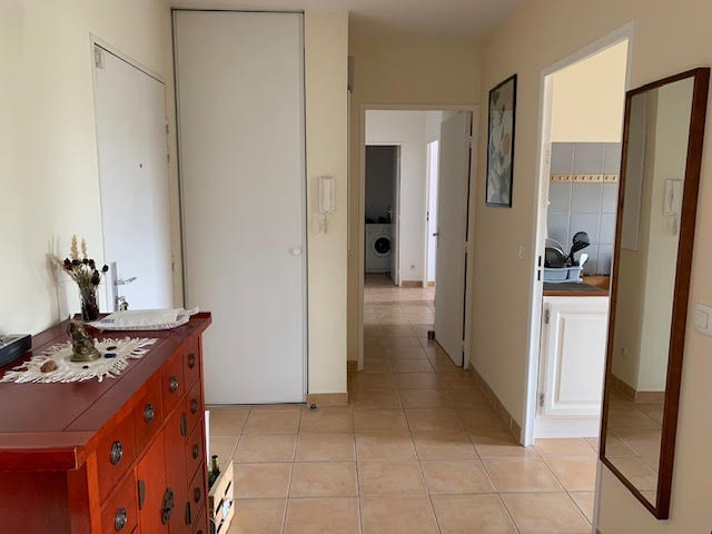 Location appartement Aix en provence 1075€ CC - Photo 10