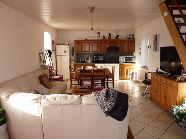 Sale house / villa Grezieux-le-fromental 149000€ - Picture 2