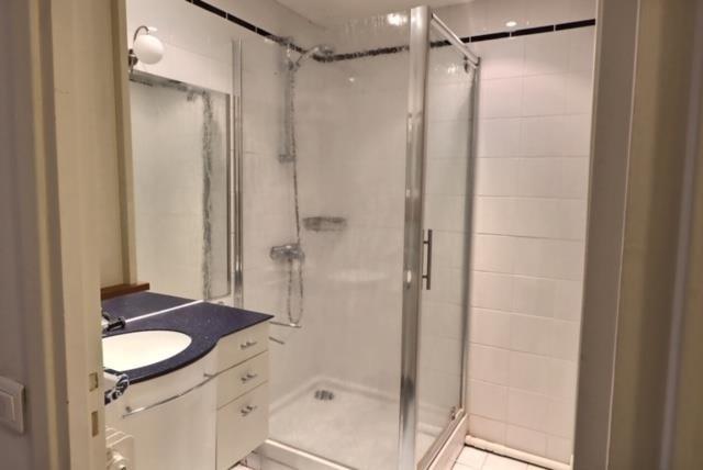 Sale apartment Versailles 650000€ - Picture 11