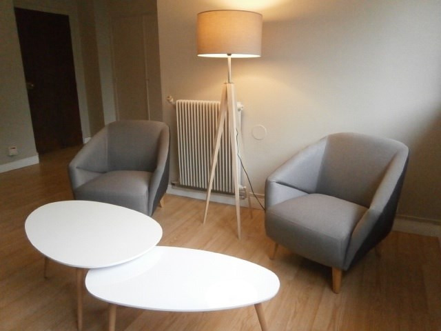 Rental apartment Fontainebleau 1 089€ CC - Picture 4
