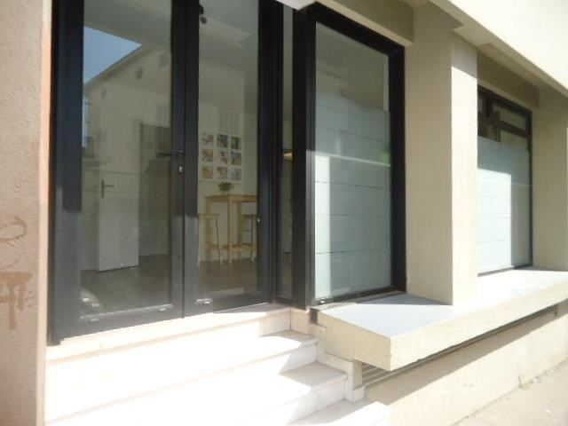 Vente local commercial Marseille 8ème 97 500€ - Photo 1