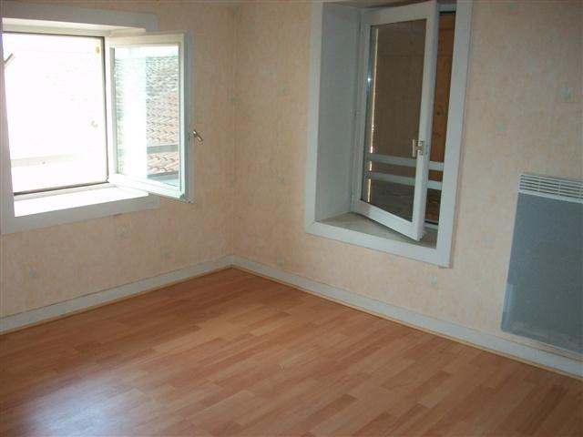 Location appartement St didier sur chalaronne 458€ CC - Photo 1