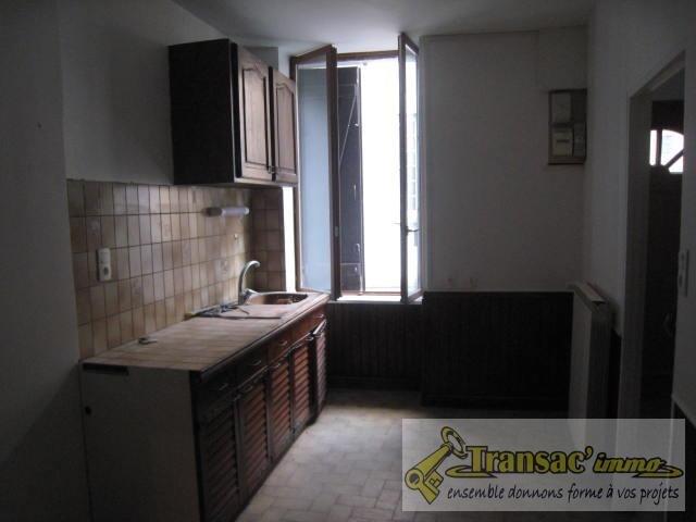 Sale house / villa Ris 51700€ - Picture 5