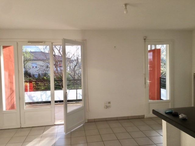 Location appartement Roques 660€ CC - Photo 3