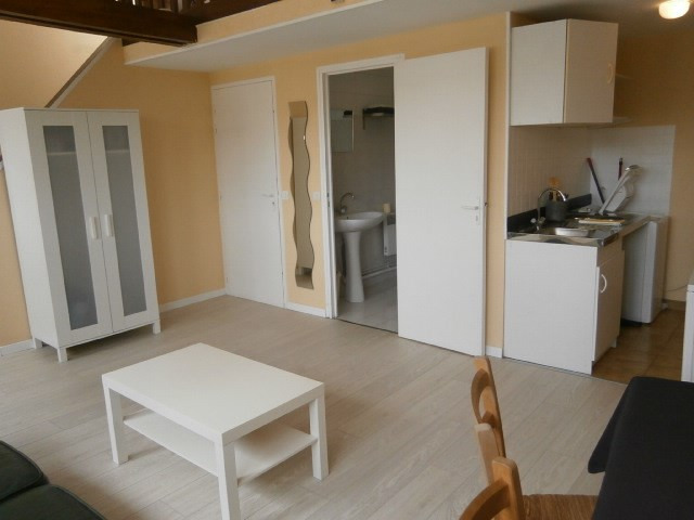 Rental apartment Fontainebleau 702€ CC - Picture 5