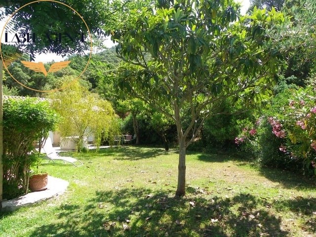 Sale house / villa Le plan de la tour 898 700€ - Picture 16