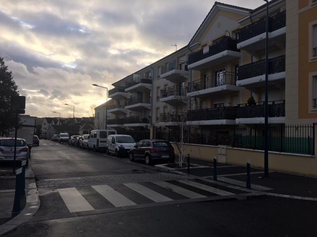 Revenda apartamento Vaureal 239000€ - Fotografia 1