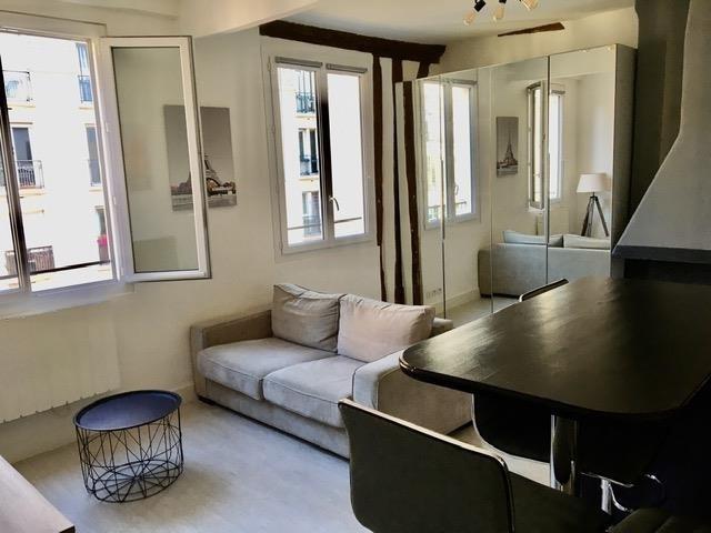 Rental apartment Paris 3ème 1245€ CC - Picture 2