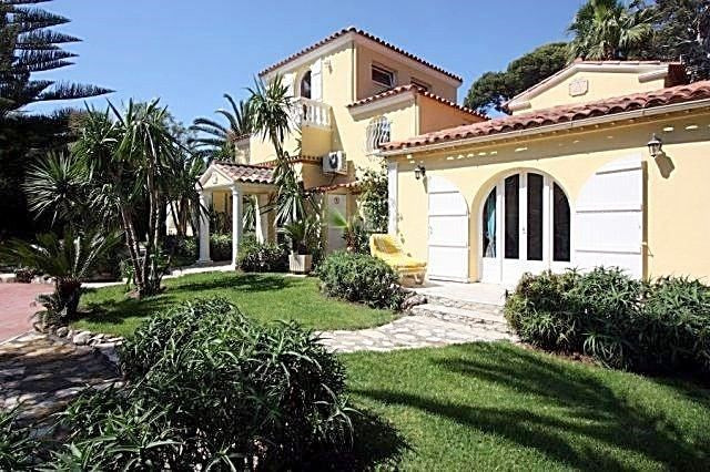 Deluxe sale house / villa Cap d'antibes 2 600 000€ - Picture 2