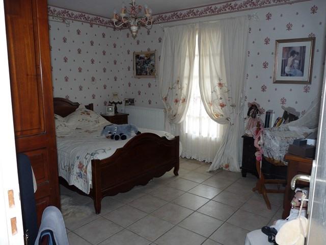 Revenda casa Poncins 354000€ - Fotografia 7