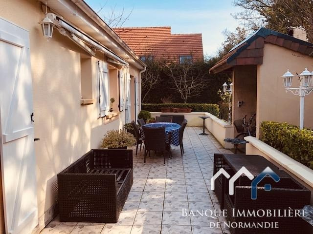Sale house / villa Courseulles sur mer 370000€ - Picture 2