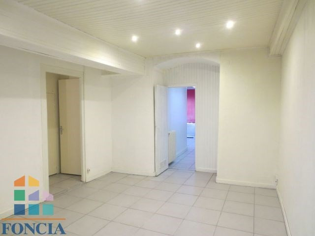 Sale house / villa Montluel 235 000€ - Picture 1