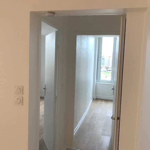 Location appartement Lozanne 590€ CC - Photo 3