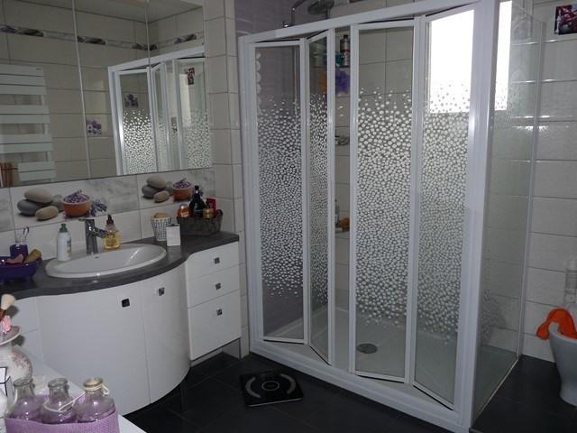 Revenda casa Poncins 354000€ - Fotografia 5