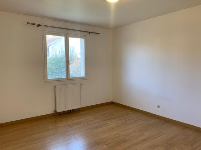 Location maison / villa Bois le roi 1 460€ CC - Photo 5