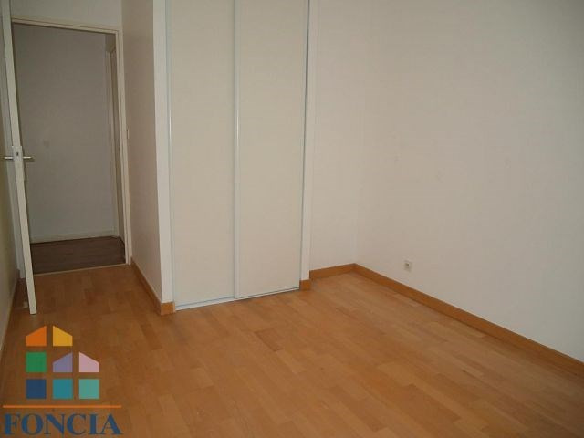 Rental apartment Suresnes 2333€ CC - Picture 10