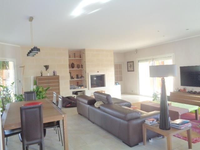 Sale house / villa Saint andre de cubzac 430000€ - Picture 3