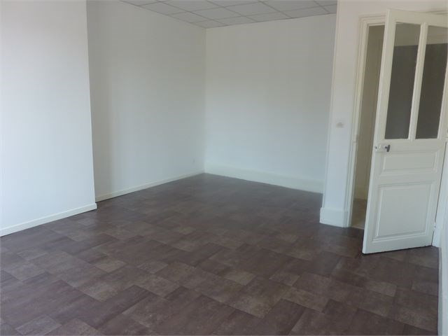 Location appartement Toul 425€ CC - Photo 2