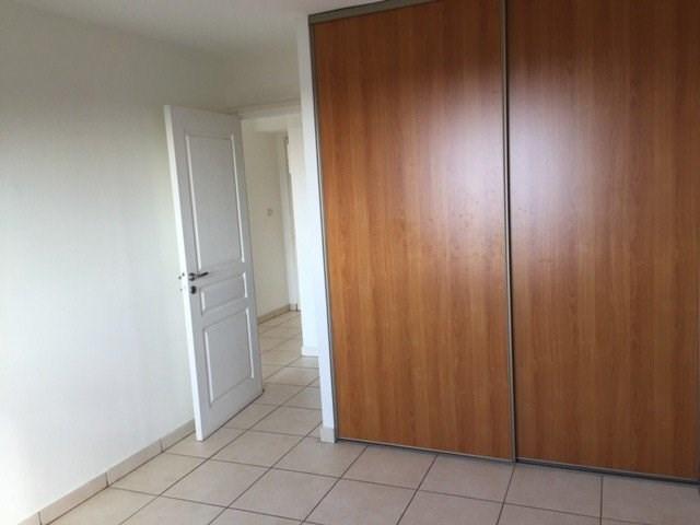 Location appartement St denis 569€ CC - Photo 4