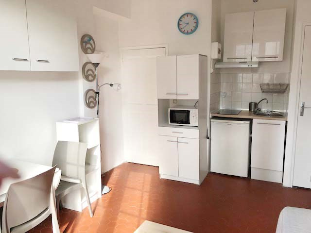 Location appartement Avignon 389€ CC - Photo 3