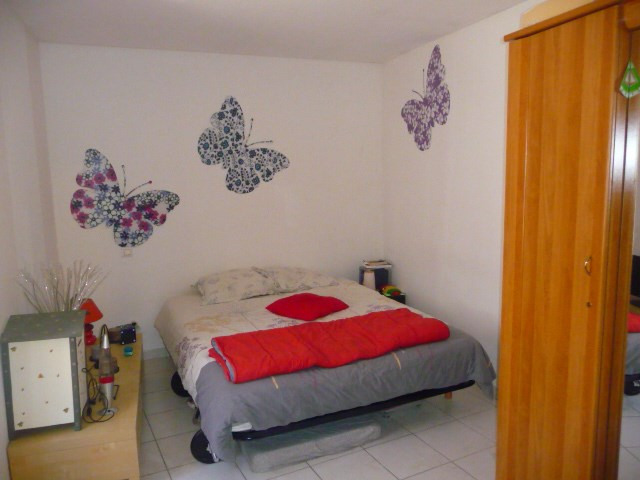Location appartement Cabries 700€ CC - Photo 3