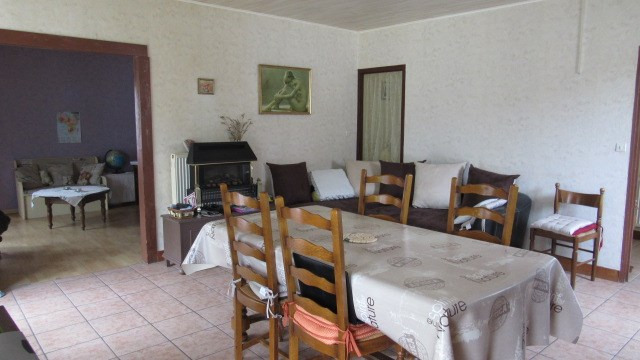 Vente maison / villa Loulay 167 480€ - Photo 5