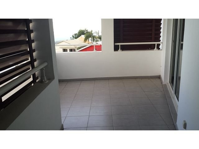 Location appartement Ste clotilde 590€ CC - Photo 7