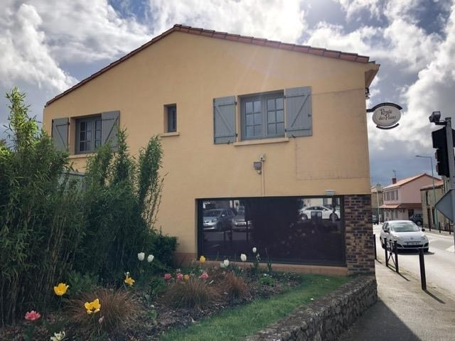 Vente immeuble Nuaille 136700€ - Photo 1