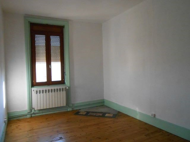 Location appartement Sury-le-comtal 350€ CC - Photo 3