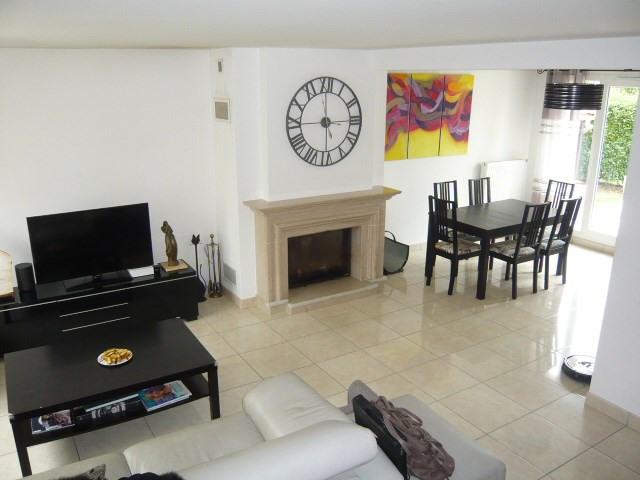 Sale house / villa Tigery 379500€ - Picture 2