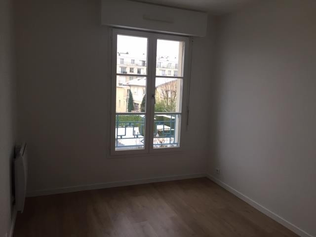 Rental apartment Versailles 2 046€ CC - Picture 4