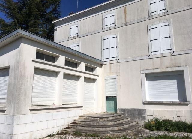 Sale house / villa Niort 157000€ - Picture 1