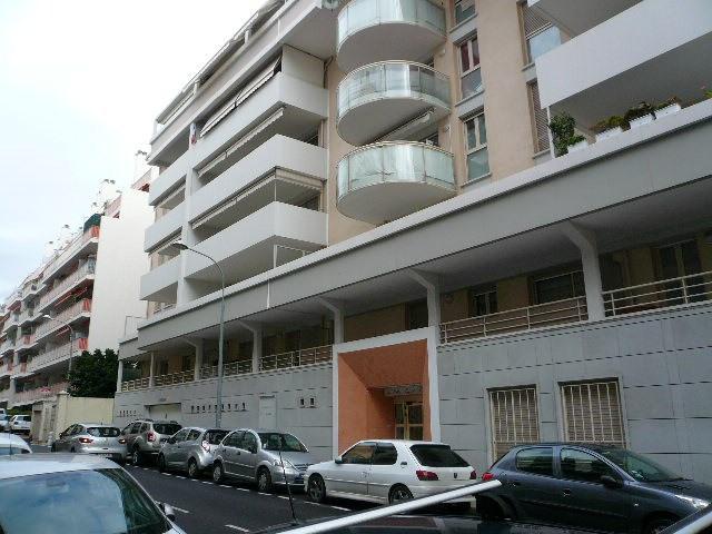 Rental apartment Nice 830€ CC - Picture 3