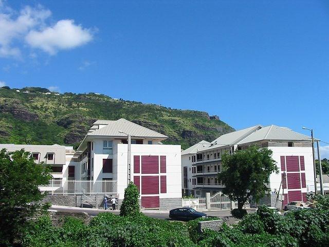 Location appartement St denis 390€ CC - Photo 8