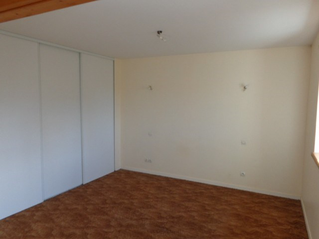 Location maison / villa Liesville sur douve 537€ CC - Photo 9
