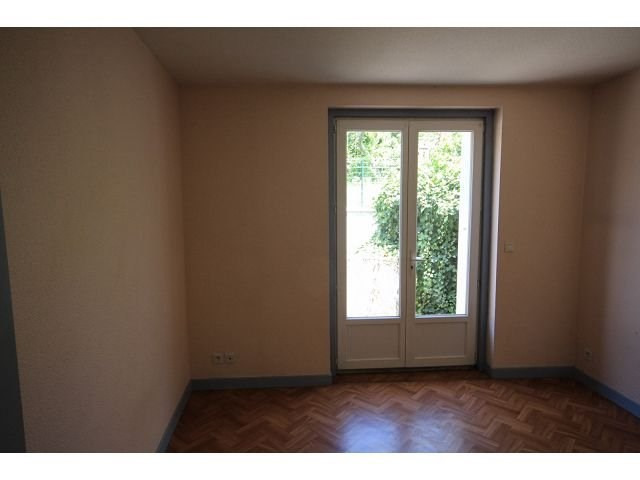 Location maison / villa Le monastier sur gazeille 410€ CC - Photo 8