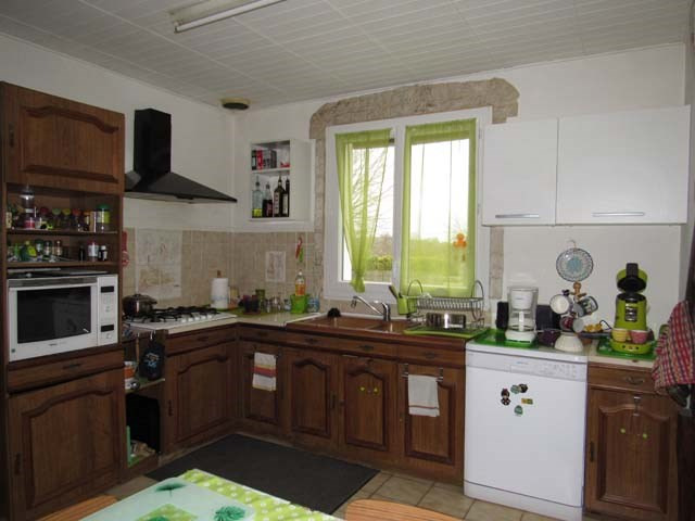 Vente maison / villa Saint jean d'angely 153 750€ - Photo 2