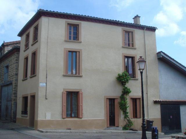 Sale house / villa Sury-le-comtal 102000€ - Picture 1